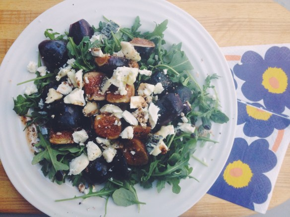 Blog - arugula fig salad with Marimekko napkins 2